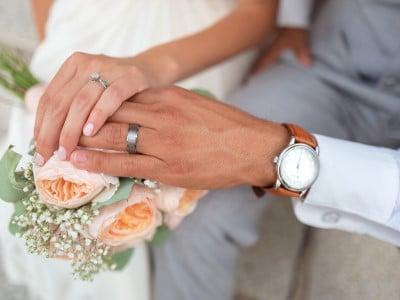 Photographer of wedding couple